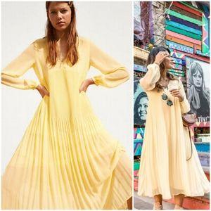 Zara Flowy Yellow Dress, Size XS